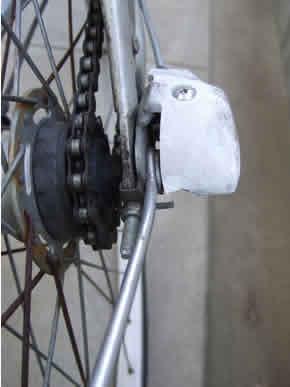 BicycleRearWheelTtireTube_02_s.jpg